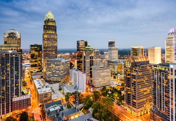 Charlotte Douglas Airport parking | How to find cheap CLT parking rates every time